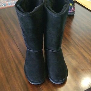 Bearpaw Elle Tall Boots size 8